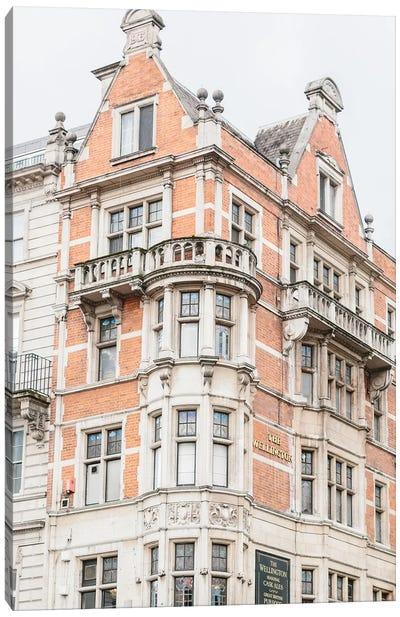 Building Corner, London, England Canvas Art Print