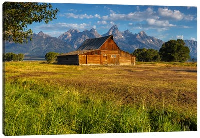 Grand Teton Barn Canvas Print #LNZ18
