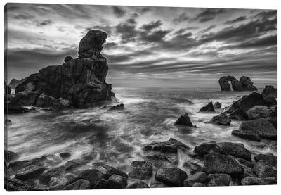 Broken Coast Canvas Print #LNZ7
