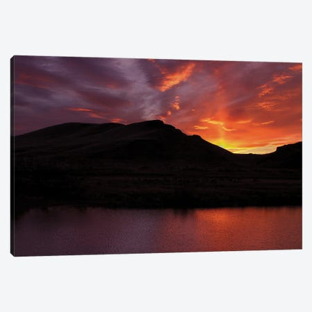 Silhouette Owyhee Canvas Print #LRH74} by Louis Ruth Canvas Art