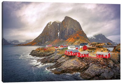 Reine Red Houses Canvas Art Print