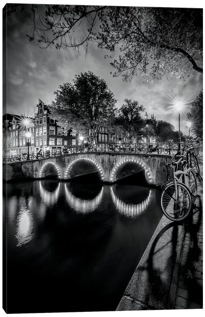 Amsterdam Idyllic Nightscape From Keizersgracht Canvas Art Print
