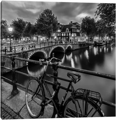 Amsterdam Evening Impression From Brouwersgracht Canvas Art Print
