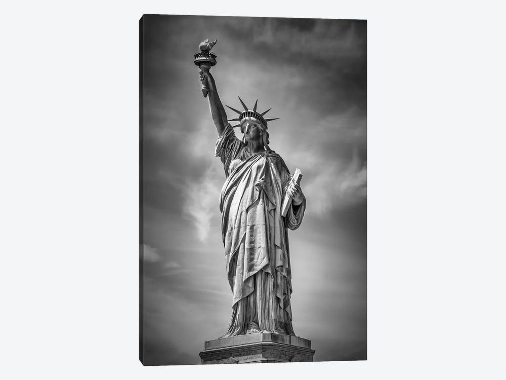 New York City Statue Of Liberty by Melanie Viola 1-piece Canvas Art