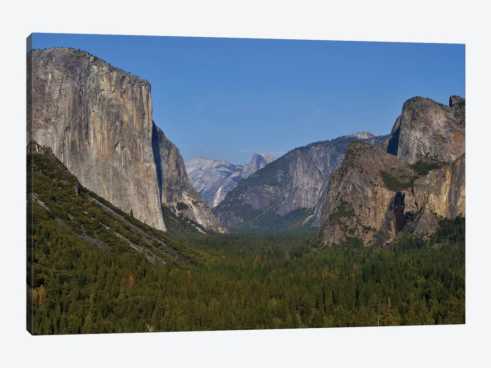Tunnel View In Yosemite by Michael Fitzsimmons 1-piece Art Print