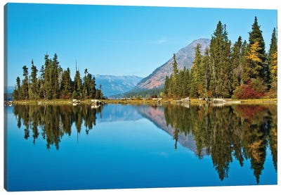 Autumn reflection, Lake Wenatchee, Wenatchee National Forest, WA. Canvas Art Print
