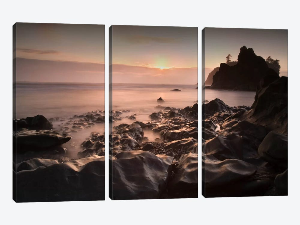 Ruby Beach 1-21 Color by Moises Levy 3-piece Canvas Art Print