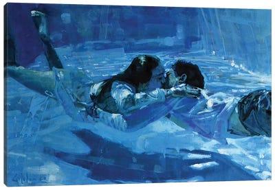 Kissing Underwater VII Canvas Art Print