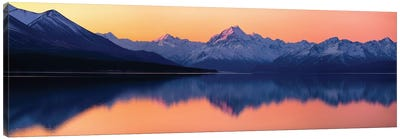 Mount Cook, New Zealand Canvas Art Print