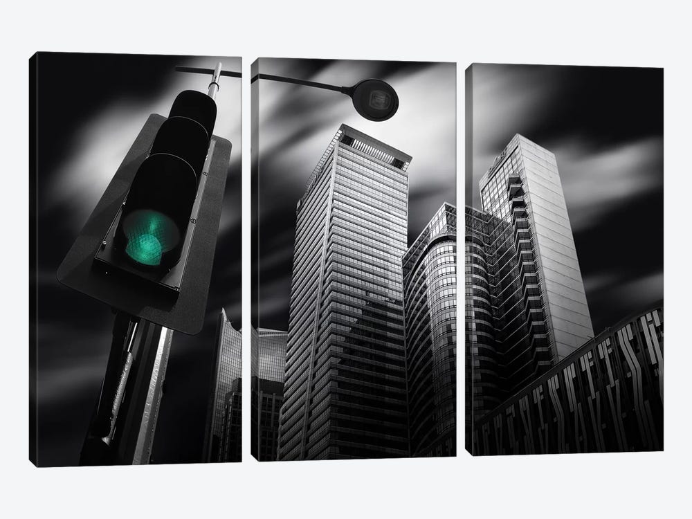 Makati Prologue by Dr. Akira Takaue 3-piece Art Print
