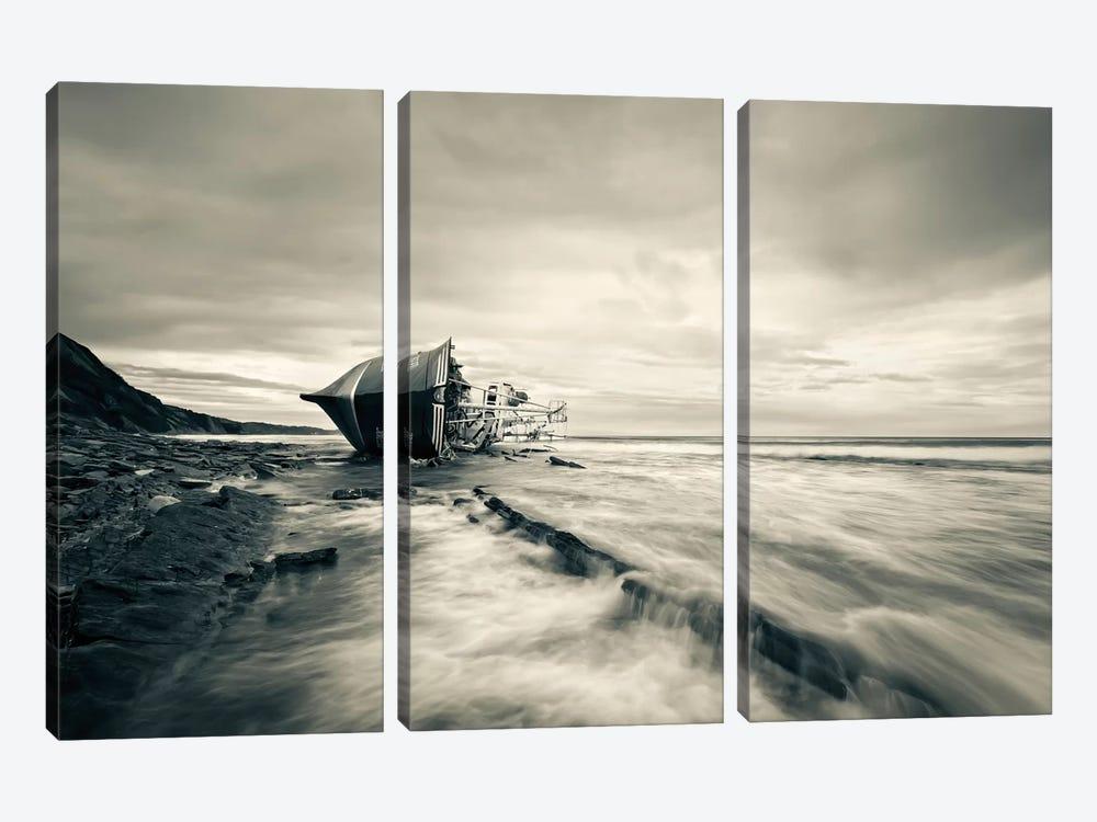 Defeated By The Sea by Iñigo Barandiaran 3-piece Canvas Art