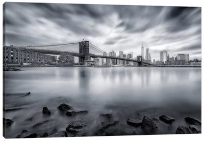 Brooklyn Bridge Canvas Print #OXM1567