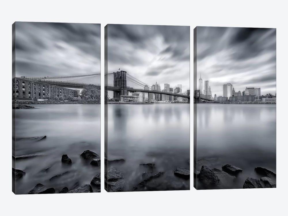 Brooklyn Bridge by Javier de la Torre 3-piece Canvas Artwork