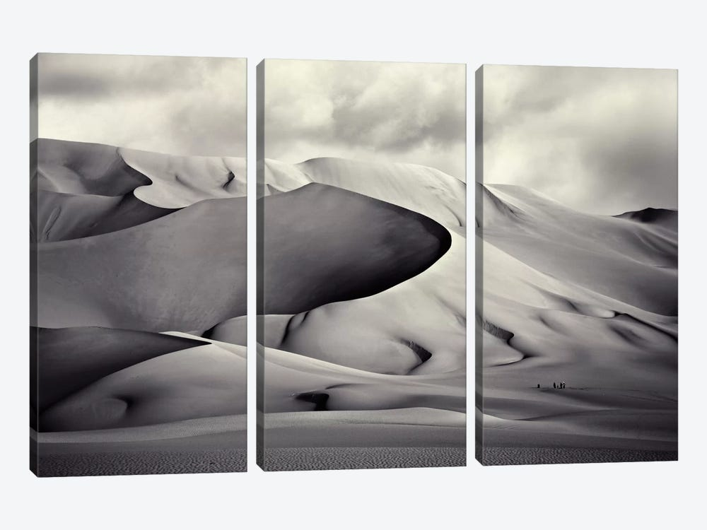 Pinza de Arakao, Desierto del Ténéré by Manuel Vilches 3-piece Canvas Artwork
