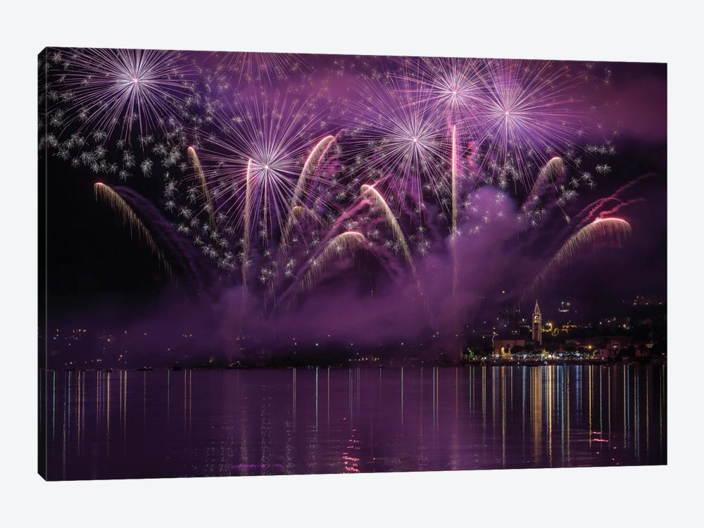 Fireworks Lake Pusiano 1-piece Art Print