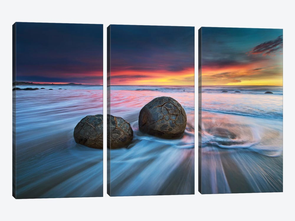 Moeraki Boulders by Yan Zhang 3-piece Canvas Artwork