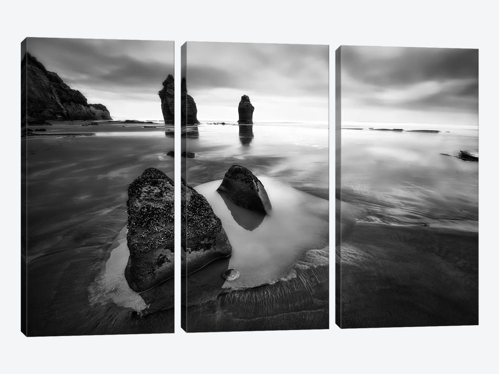 Three Sisters Beach by Yan Zhang 3-piece Canvas Wall Art
