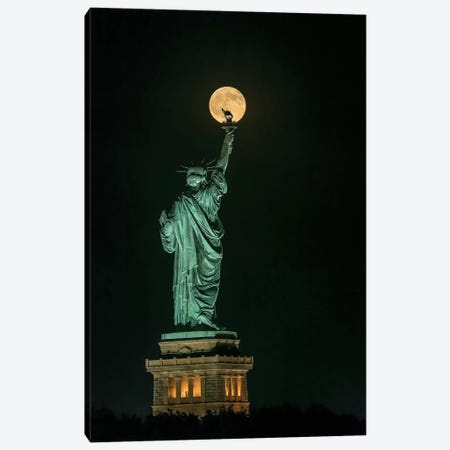 Statue Of Liberty Canvas Print #OXM3035} by Hua Zhu Canvas Print