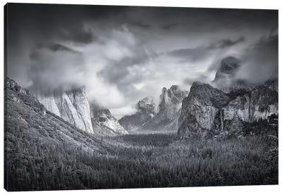 Yosemite Valley Canvas Art Print