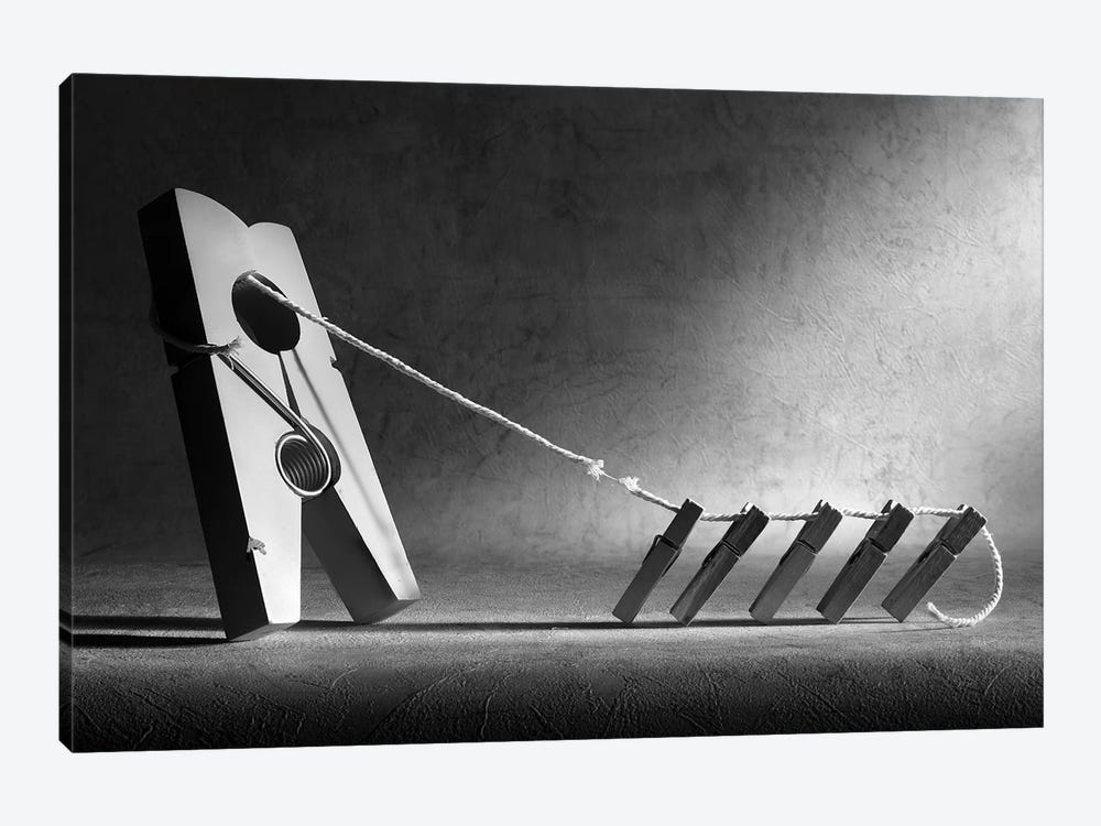 The Tug-Of-War by Victoria Ivanova 1-piece Canvas Art
