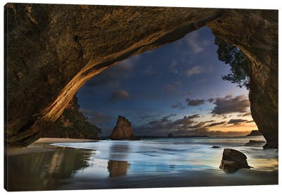 Cathedral Cove Canvas Art Print