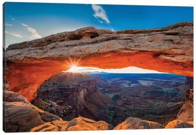 Sunrise At Mesa Arch Canvas Art Print