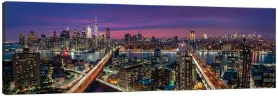 Manhattan Skyline During Beautiful Sunset Canvas Art Print