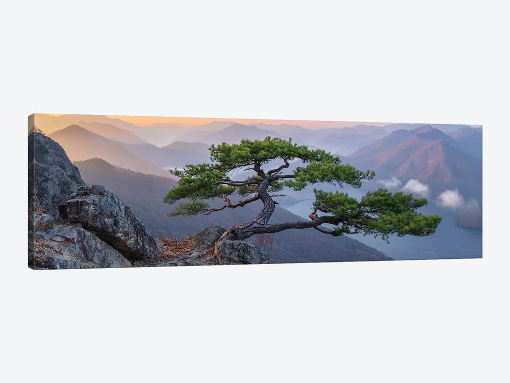 When The Day Breaks by Jaeyoun Ryu 1-piece Canvas Print