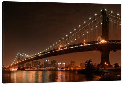 The 2 Lovers Under Manhattan Bridge Canvas Print #OXM56