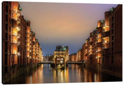 Hamburg Hafen City Canvas Art Print