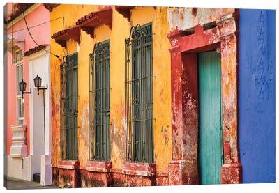 Old Cartagena Canvas Art Print