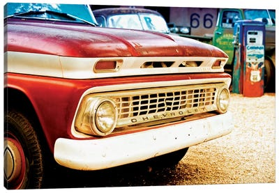 Classic Chevrolet Grill At U.S Route 66 Fill-Up Station Canvas Art Print