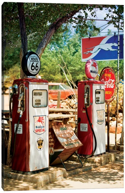 Gas Station Along U.S. Route 66 Canvas Print #PHD157