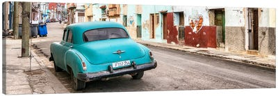 Turquoise Classic Car in Havana Canvas Art Print