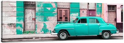 Cuba Fuerte Collection Panoramic - Turquoise Vintage American Car in Havana Canvas Art Print