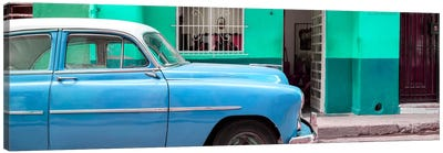 Vintage Blue Car of Havana Canvas Art Print