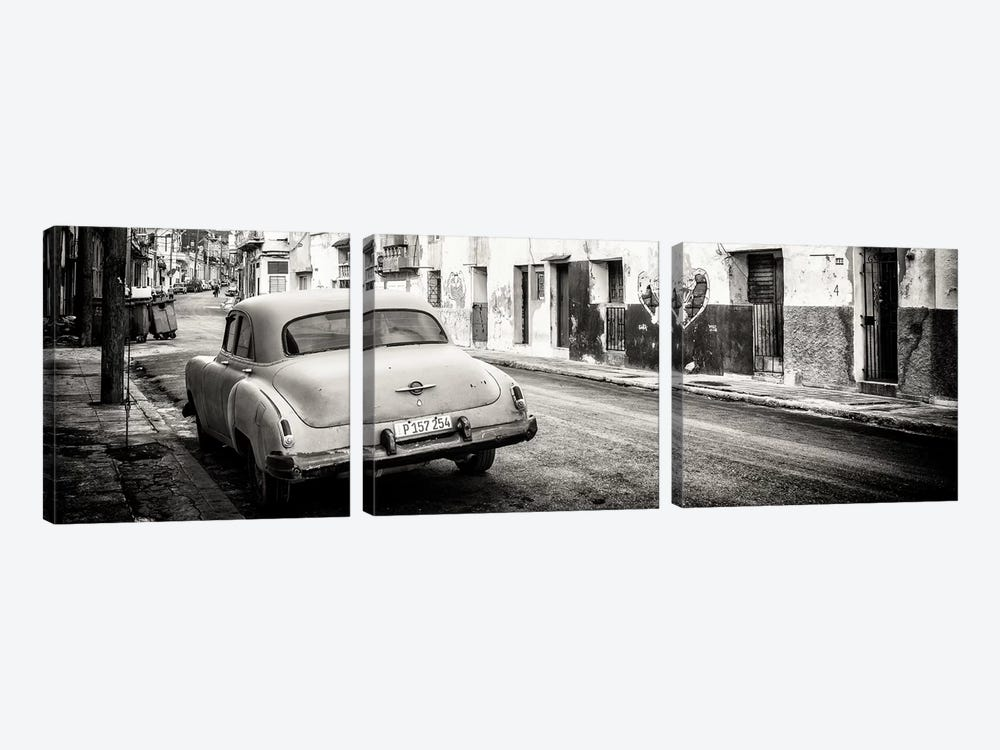 Cuba Fuerte Collection Panoramic BW - Classic Car in Havana by Philippe Hugonnard 3-piece Canvas Print