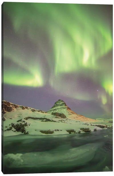 Iceland Kirkjufell Aurora Borealis Canvas Art Print