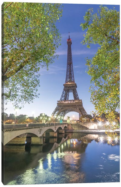 Paris Eiffel Tower Green Canvas Art Print