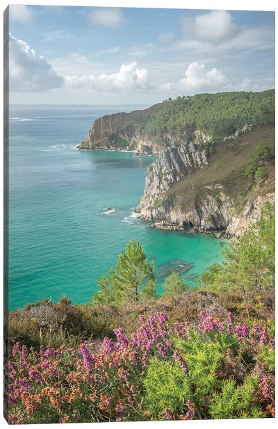 Gr 34 Way In Crozon, Brittany Canvas Art Print