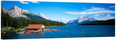 Canada, Alberta, Maligne Lake Canvas Art Print