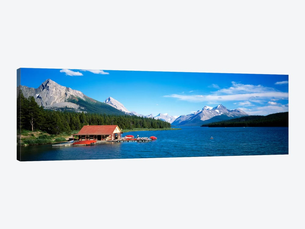 Canada, Alberta, Maligne Lake 1-piece Canvas Print