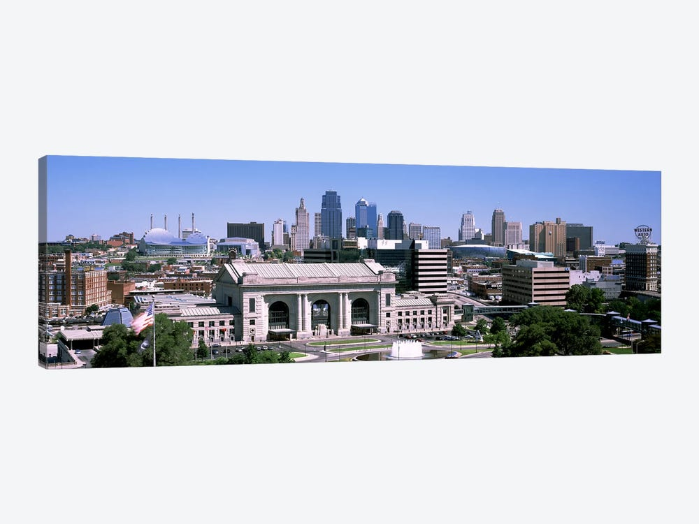 Union Station with city skyline in backgroundKansas City, Missouri, USA by Panoramic Images 1-piece Canvas Art Print