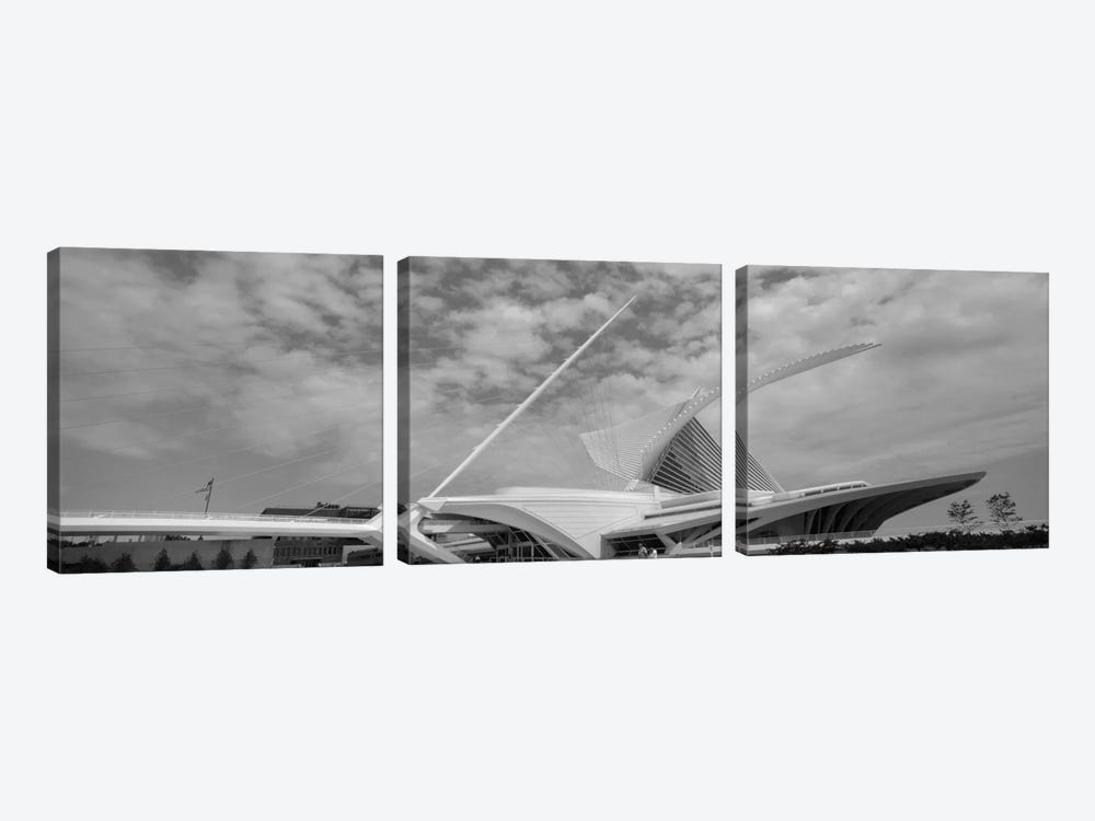 Milwaukee Art Museum In B&W, Milwaukee, Wisconsin, USA by Panoramic Images 3-piece Canvas Wall Art