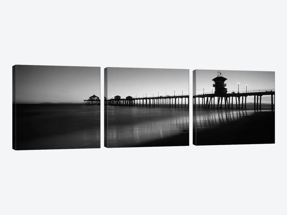 Pier in the sea, Huntington Beach Pier, Huntington Beach, Orange County, California, USA by Panoramic Images 3-piece Art Print