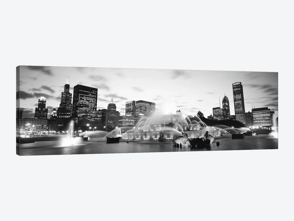 Buckingham Fountain, Grant Park, Chicago, Illinois, USA by Panoramic Images 1-piece Canvas Print