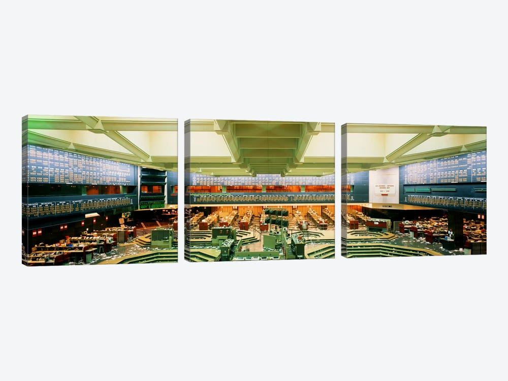 Board of Trade Chicago IL USA by Panoramic Images 3-piece Art Print