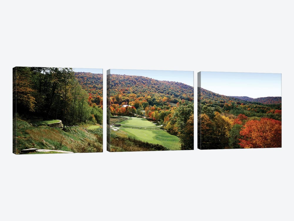 Golf course on a hill, Hawthorne Valley Golf Course, Hawthorne Valley, Salon, Ohio, USA by Panoramic Images 3-piece Canvas Art