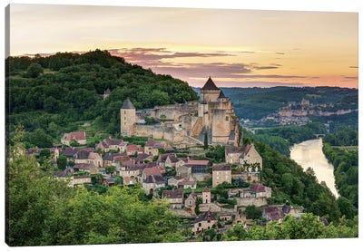 Chateau de Castelnaud, Castelnaud-la-Chapelle, Dordogne, Aquitaine, France Canvas Art Print