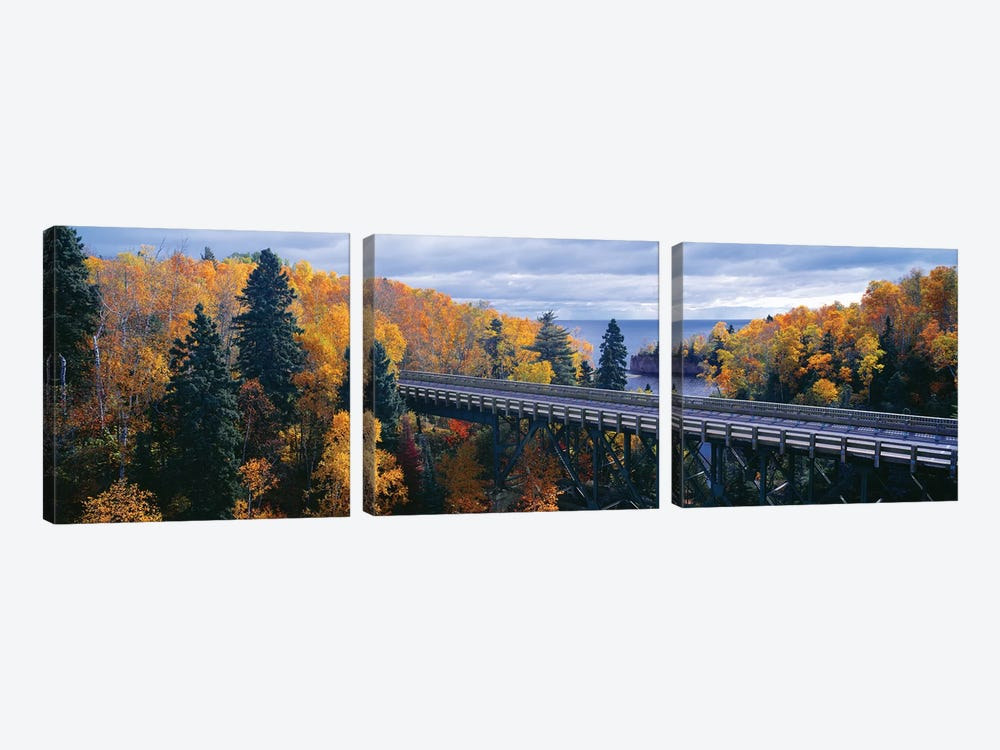 Autumn Landscape, Tettegouche State Park, North Shore of Lake Superior, Lake County, Minnesota, USA by Panoramic Images 3-piece Canvas Print